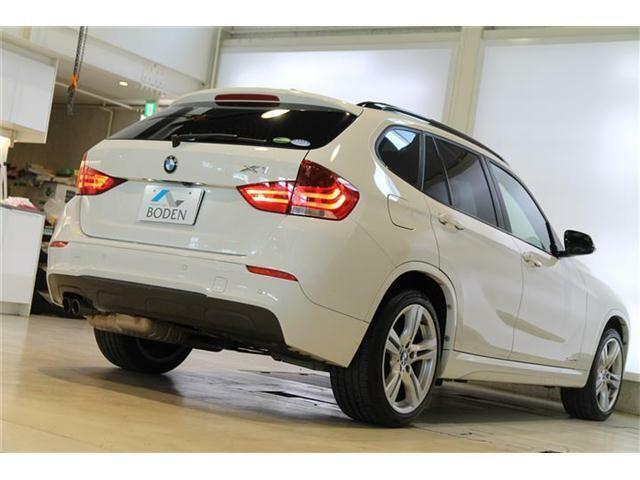 ボディサイズもちょうどよくとても運転しやすい1台です。また駐車場にもいれやすいボディサイズは4470×1800×1545mmです。