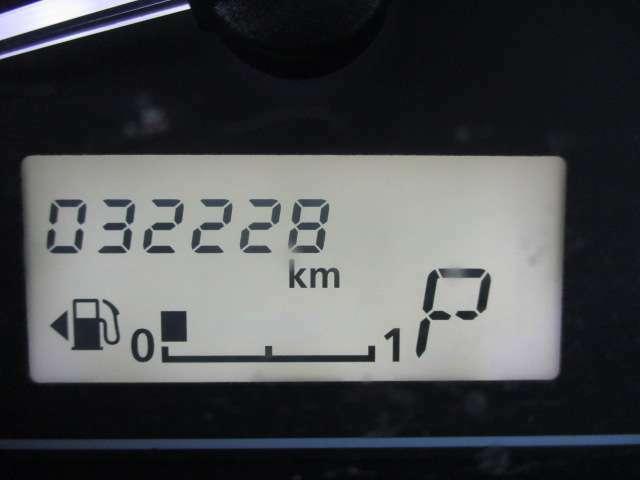 走行距離は、《32228km》となっております。※写真撮影当時の走行距離となっております。ご了承下さませ。