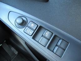 鍵を閉めると自動的にサイドミラーが格納するオートミラーシステム搭載☆