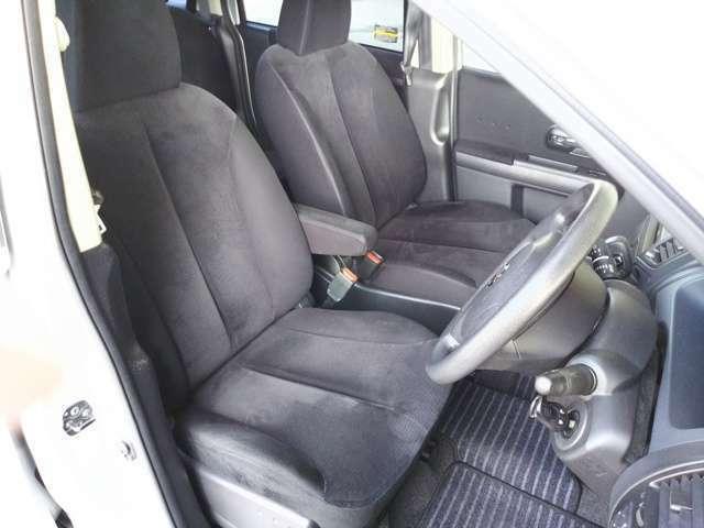 内外装もきれいです。弊社の在庫車は、価格と品質に徹底的にこだわっています!! 全車、点検整備渡し!! アフターサービスもお任せください。0066-9711-953882