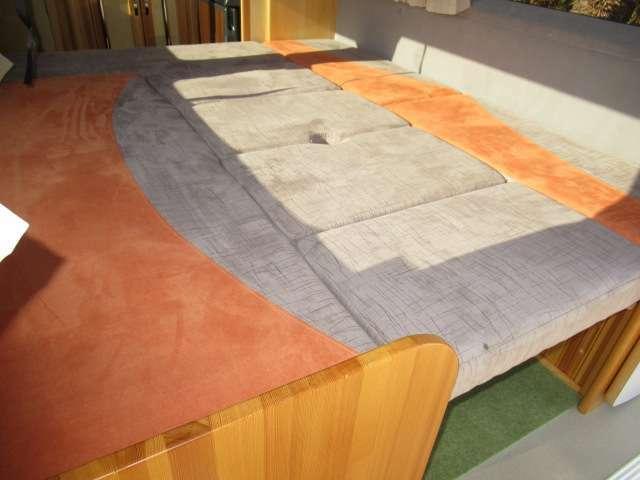 ダイネットベットは約180×150で大人3名様が就寝可能です♪