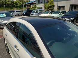 後期サンルーフ AMGレザーエクスクルーシブPKG レーダーセーフティ ワンオーナー車 純HDDナビ地デジフルセグTV 本革シート電動シート ハーマンカードン パドルシフト キーレスGO 電動トランク