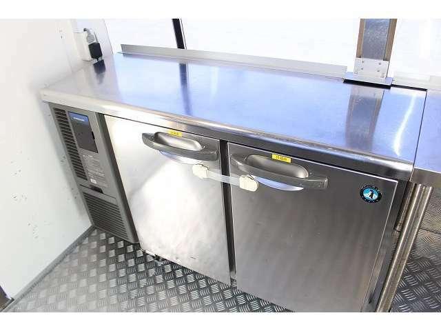 ホシザキ製二枚扉冷蔵庫装備となっております♪