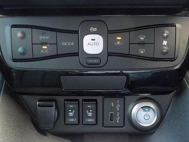 タイマー機能つきオートエアコン、前席シートヒーター、USB、タイプC対応入力