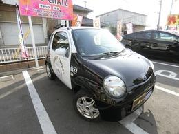 ツインの良さは日本で一番小さい車なんで、小回りが利きますどこでも停めれますグレードガソリンBカラーPKGですフル装備キーレスエアコンCDとにかく1台しか無いのでお早めに