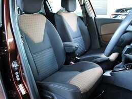専用装備のマロンシートには汚れや解れなど無く綺麗な状態です。
