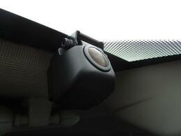 ■ 装備4 ■ ドライブレコーダー:いまや必需品と言っても過言ではありません!