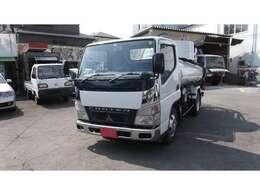 バス・トラック商用車等、小型車から大型車の特殊車両も取り扱っています。・高所作業車・トラック・ダンプ・バス・クレーン車・