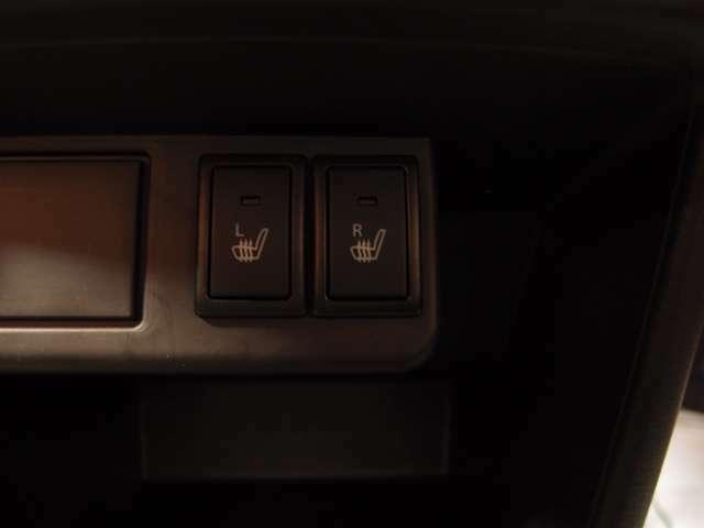 「シートヒーター」座席が温まり、冬場も過ごしやすいですよ♪