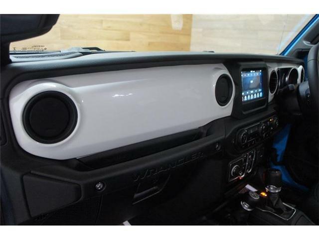 ☆フルサイズのお車を運べる積載車完備!遠方納車は安心の態勢で納車せていただきます!