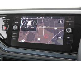 """純正オプションである""""Discover Pro""""8インチの大画面でナビ、車両を総合的に管理するインフォテイメントシステムです。"""