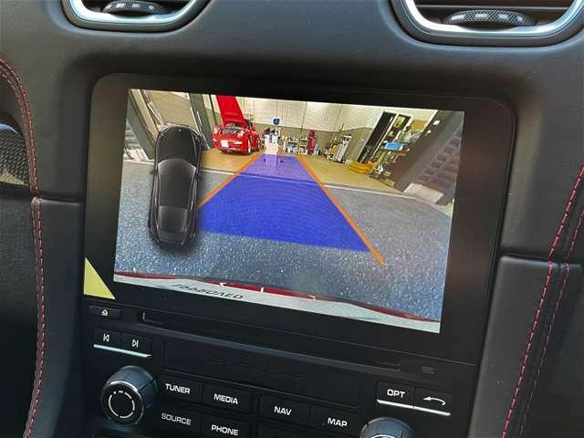 安心のバックカメラ+パークアシストもオプション装着しております。