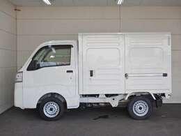 車両総重量1350kg 最大積載量350kg