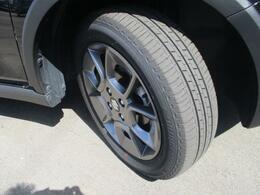 ガンメタリック塗装を施した純正16インチアルミホイール★【175/60R16】タイヤの状態です。くわしくはスタッフへ。
