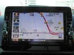 大きいモニターの操作性の良い純正メモリーナビで初めての道など快適なドライブを愉しめます。