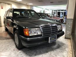メルセデス・ベンツ ミディアムクラスワゴン/Tシリーズ 300TE エンジン&AT OH済新車保証書記録簿 25枚