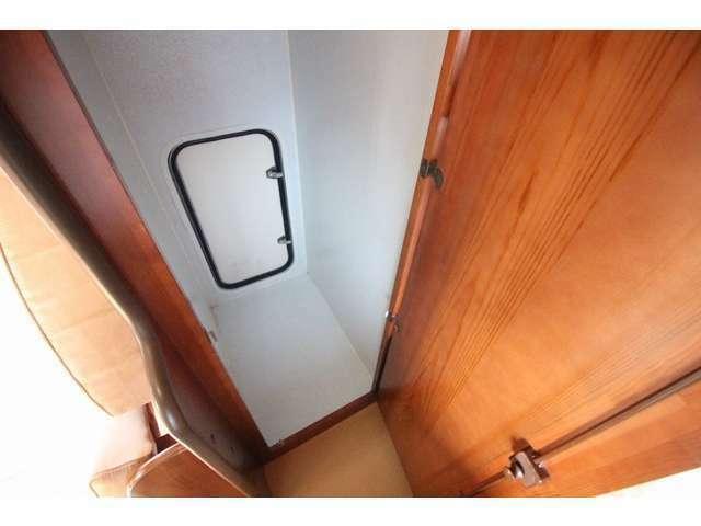 マルチルームは防水仕様!OPの外部収納扉から水着やスキーウェア一等濡れ物も容易に出し入れできます。