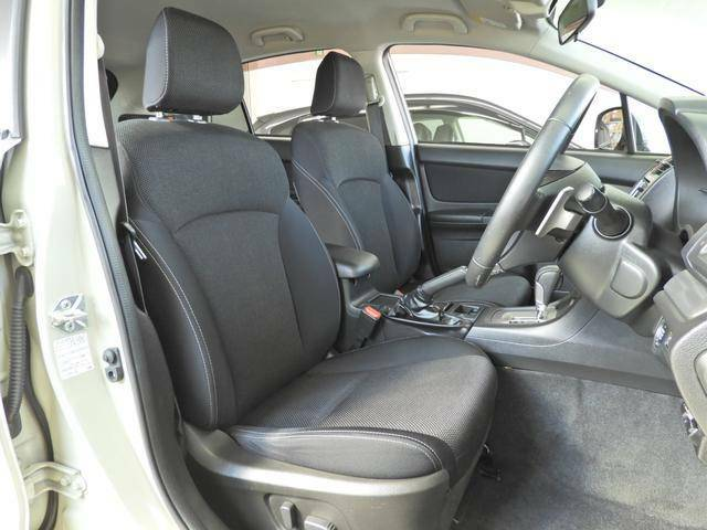 ◆サポート性の高いフロントシート◆ロングドライブでも疲れを感じさせないつくり♪