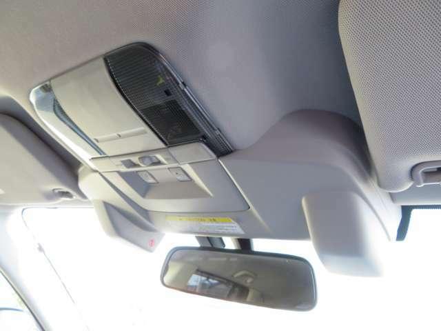 人気の衝突軽減システム「アイサイトVer2」を装着しておりますっ!車線逸脱警報や先行車発進のお知らせなど安全運転支援でお客様のドライブをサポートいたします!