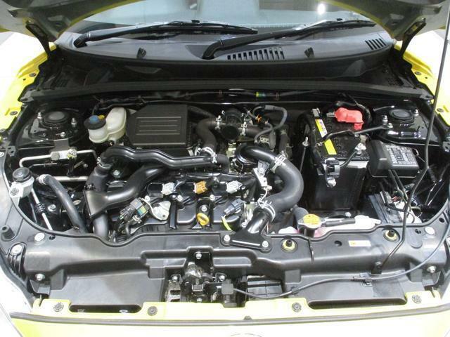 CVTターボエンジンの軽快な加速もコペンの持ち味です!車体も軽くスイスイ走ります!低燃費に貢献してくれるエコアイドルも搭載しております!