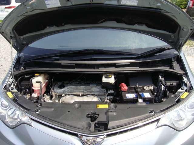 パワフルで低燃費な2.4リッターエンジン!フル乗車でもストレスなく加速します!もちろんタイミングチェーン!