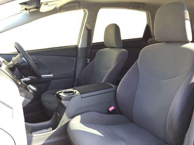 【助手席】 シートなどの状態も良く、目立つような傷や汚れはありません!