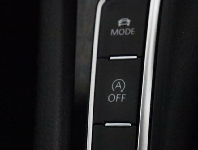 ★ブルーモーションテクノロジーはアイドリングストップ技術無駄なく燃費を向上するシステムです。