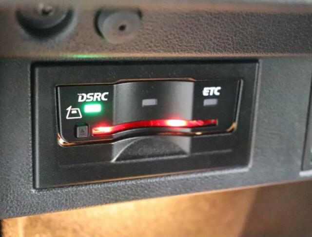 ★ETC2.0車載器を搭載しております。渋滞や合流、事故の情報をリアルタイムに受信してディスカバープロのナビゲーションシステムにルートガイダンスを実現します。