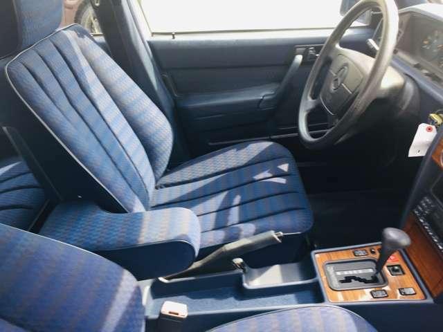 乗って触って体感してみてください!!そう!!フィーリングを感じ取ってください! 車両はお客様を待っていますよ!当社車両は試乗可能です。お気軽にスタッフまでご相談ください!