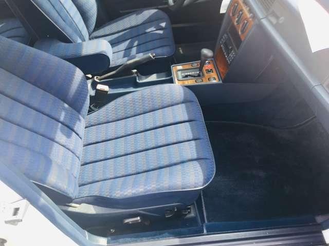 オートローン(ジャックス・オリコ …etc)、自動車保険(あいおいニッセイ同和損保)取り扱っております!!お車のサポート関係も充実しております!