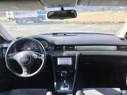 ☆ナビ、ETC、フルセグTV、Bluetooth付きでドライブ機能も充実しています!