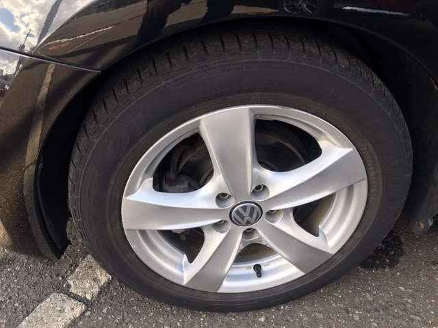 当店のお車には全て安心・充実の保証制度【さわやか保証】を完備しております!!保証期間は【納車日より1年間もしくは1年間の間で走行メーターが120,000kmになるまで】です。※一部内容と異なる車種がございます。