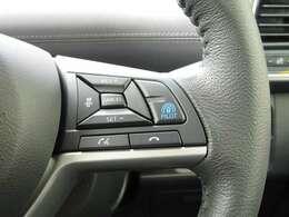 プロパイロットは、運転者が設定した車速を上限に先行車と車速に応じた車間距離を保ちながら、車線中央付近を走行するための運転操作を支援します。