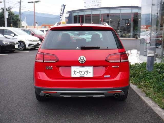 3、VWを知り尽くしたスペシャリストが、すみずみまで整備 4、診断機を利用し点検前に事前確認 5、最終確認にロードテストを実施 6、長期保証は有償にて一年間の延長保証加入が可能