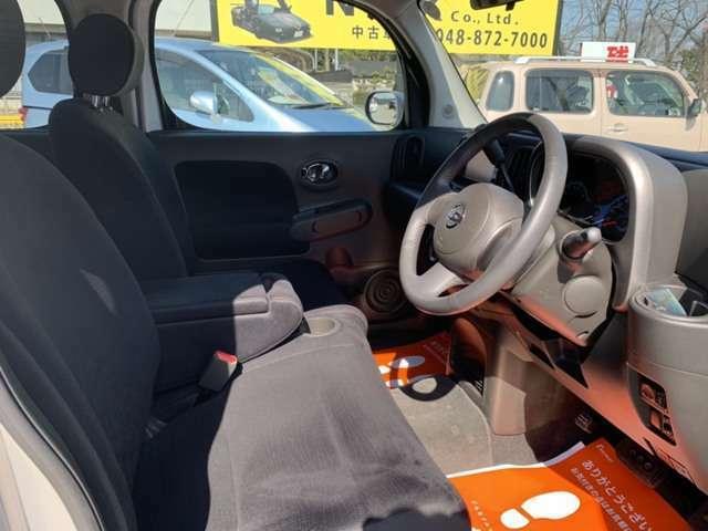 運転席側シートです♪綺麗な状態です★