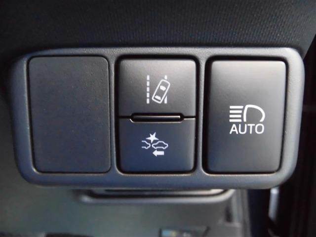 トヨタセーフティーセンス装備。