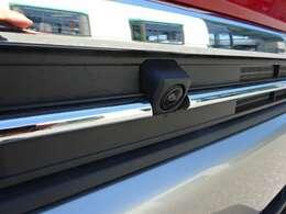 全方位モニター用カメラパッケージ付き車♪フロントカメラはこちらになります♪
