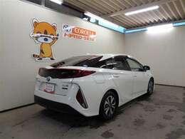 ★トヨタ高品質Car洗浄「まるまるクリン」★ルームクリンとボディクリンで内外装をまるごと本格洗浄。ボディもシートも車内も、隅々まで爽やかキレイです。