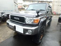 トヨタ ランドクルーザー70ピックアップ 4.0 4WD
