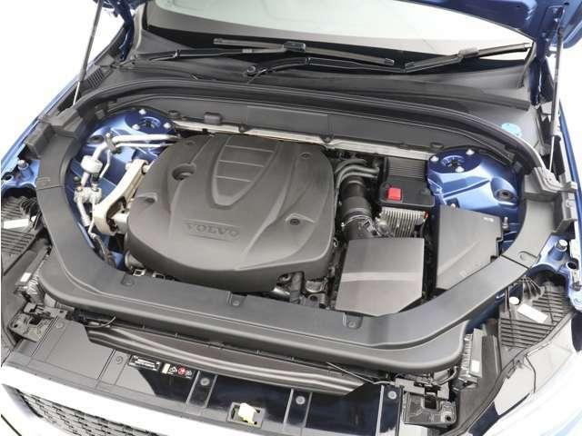 ガソリンエンジン4リッター並みの40Kgを超えるトルクを低回転から発生し、走行中は常に力強い加速を得られます。