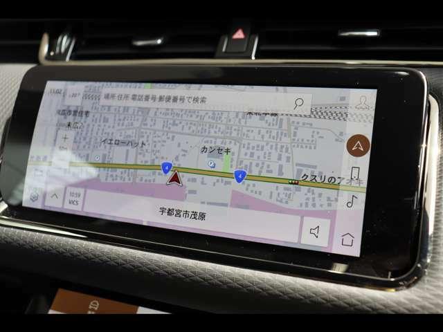 ナビゲーションシステムも一新され、より操作性も向上!AppleCarPlay / Android Autoにも標準で対応しております。