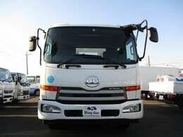 当社はトータルオートディーラーです!各種メーカー新車、届出済未使用車、中古車、トラック、建機などまで幅広くお客様のニーズに合った車両の販売をさせて頂いております!
