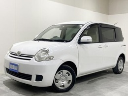 トヨタ シエンタ 1.5 X 4WD 3列シート ETC