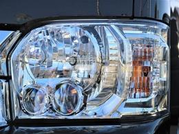 明るいLEDヘッドライトはメーカーオプション!