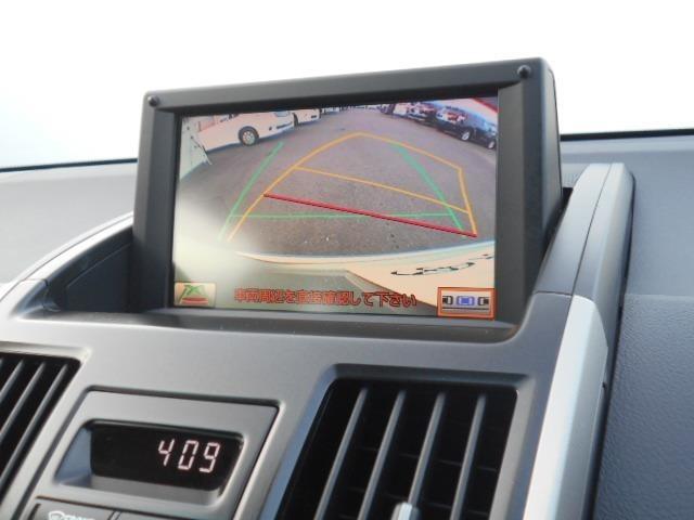 【純正HDDナビ】お出掛けの際には嬉しい装備ですよね♪HDDには音楽も録音できるのでミュージックボックスの感覚♪大量CDは持ち込まなくていいので車内もスッキリ♪