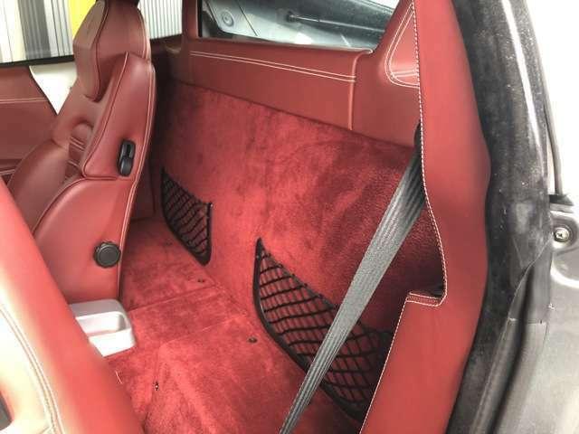 内装、外装の程度の良さに自信有のフェラーリ360モデナF1!