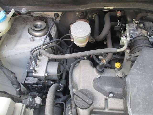 ★タイミンチェーン方式♪タイミングベルトの交換不要で大きな出費が抑えられます。故障、オイル漏れの少ないエンジンです。
