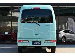 広い荷室や高い安全性能、安価な維持費と魅力一杯のハイゼットカーゴです★☆★☆★