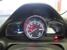 スポーティなアナログメーター(タコメーター付)走行距離もご覧の通り♪まだまだこれからが本番です(^^)