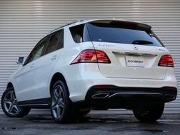電子制御9速AT(9G-TRONIC)がダイナミックな走行性と優れた低燃費を実現!! 実用性と先進性を兼ね揃えた人気車輌をお届け致します!!